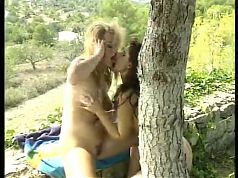 French Teen Lesbians with neat bushes